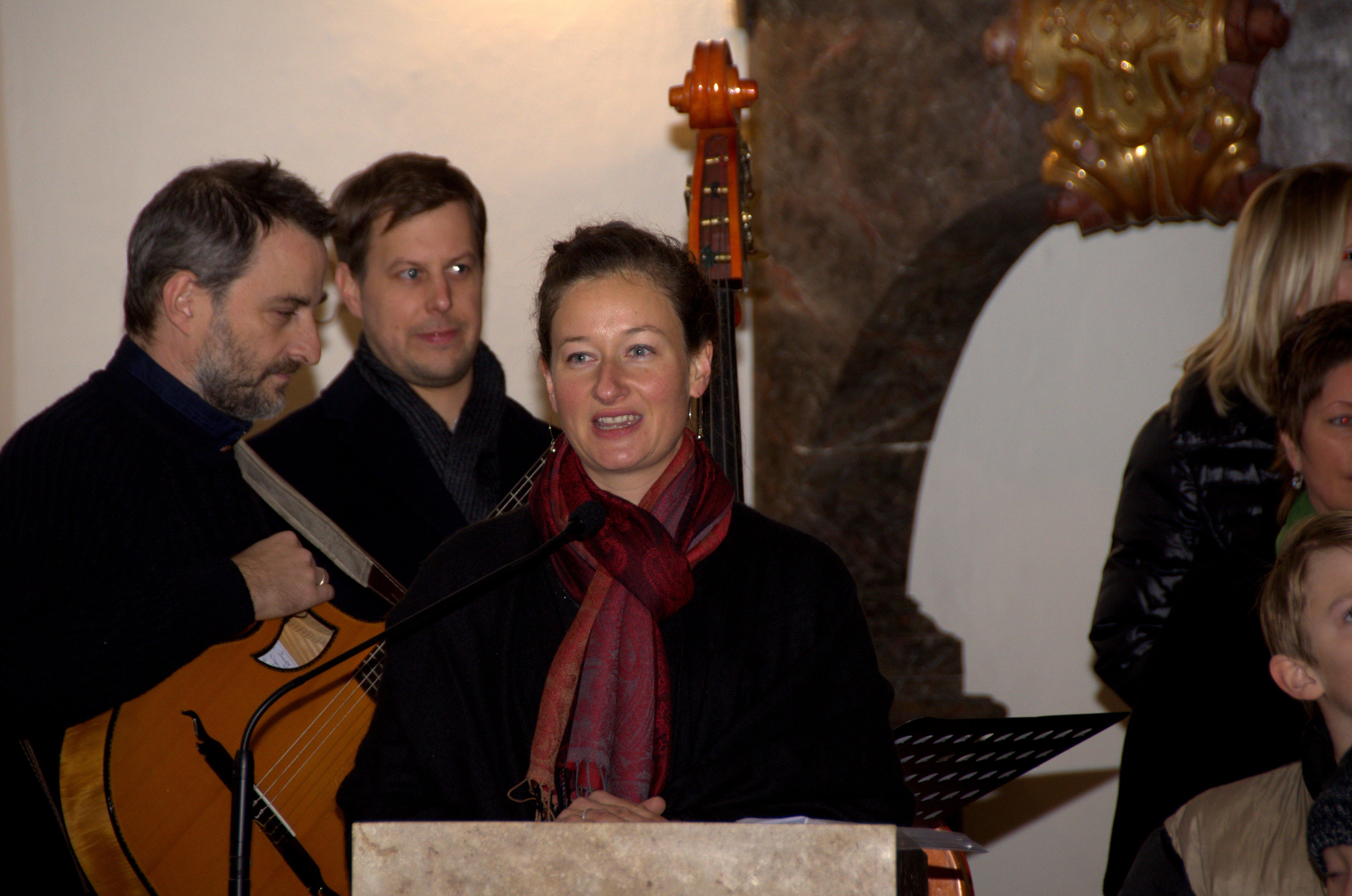 Adventkonzert unter der Leitung von Elisabeth Koval