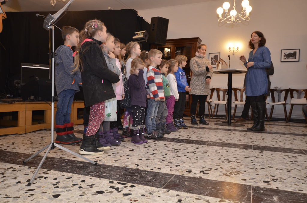 Kinderchor Allerheiligen mit Elisabeth Koval